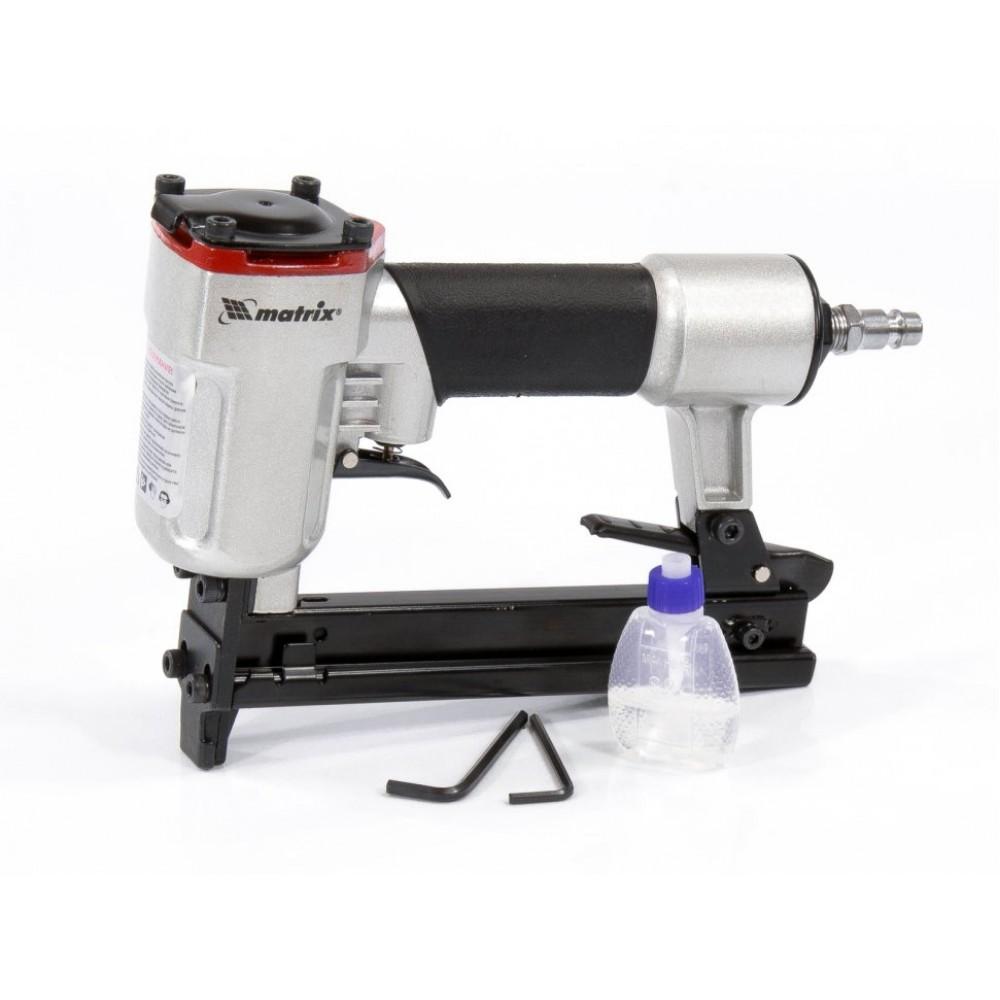 Степлер пневматический для прямоугольных скоб от 10 до 22 мм // MATRIX 57420